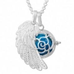 Collier bola de grossesse aile d'ange et bouton de rose avec boule bleue